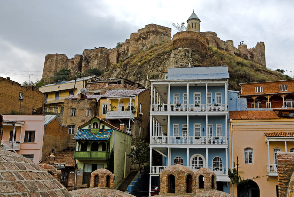 Дом в тбилиси дубай время намаза